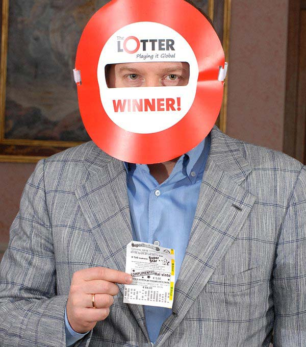 Jugador de Letonia gana loterías online en theLotter Costa Rica