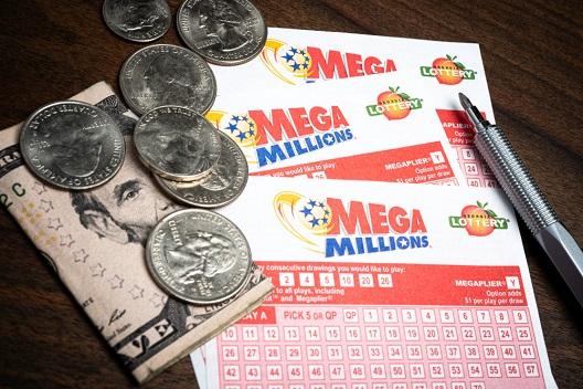¿Pueden los extranjeros jugar al Mega Millions?